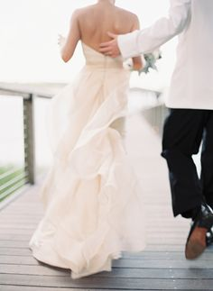 Coastal Chic Palmetto Bluff Wedding via oncewed.com