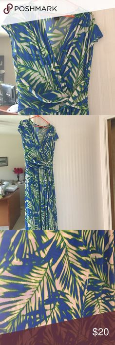 Beachy long maxi dress Very good quality material. Worn only once. Jessica Howard Dresses Maxi