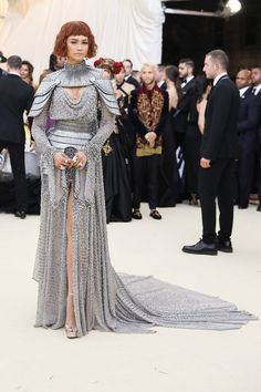 Zendaya At The Met Gala 2018 Bycicle Vintage, Bycicle Woman Zendaya Met Gala, Zendaya Style, Met Gala Outfits, Look Fashion, Fashion Design, Gala Dresses, Red Carpet Fashion, Costume Design, Beautiful Outfits