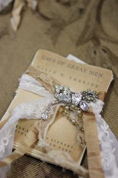 found on beautiful romancing the home blog spot!!