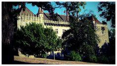 Paço dos Duques de Bragança / Palacio de los Duques de Braganza / Palace of the Dukes of Bragança [2010 - Guimarães - Portugal] #local #locais #locals #fotografias #photography #fotos #photos #monumento #monumentos #monuments #medieval #turismo #tourism @Visit Portugal @ePortugal