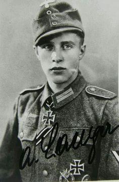 ✠ Albert Langer (05.09.1924 - 24.05.1993) RK 07.04.1944 Gefreiter Gruppenführer i. d. 1./Gren.Rgt 51 (mot) 18. Panzergrenadier – Division
