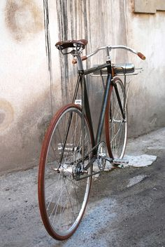 "117F1 fixed gear bicycle ""Porteur"" 2 speed, coaster brakeColumbus etched steel frame handmade in Italy"