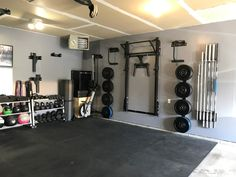 Best Home Gym Ideas and Gym Rooms for Your Training Room - home/garage gym -You can find Training and more on our Home Gym Basement, Home Gym Garage, Diy Home Gym, Home Gym Decor, Gym Room At Home, Workout Room Home, Best Home Gym, Garage House, Workout Rooms