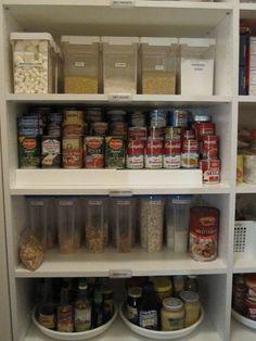 Kitchen Organization & Pantry Organization: www.alejandra.tv  #organizing_tips #home_organization #pantry_organization #kitchen