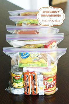 72 hour kit for emergency preparedness Homemade MRE or perfect for a few days of camping.