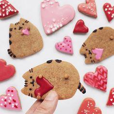 Pusheen valentines cookie