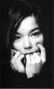 Icelandic singer Bjork has been forced to cancel to shows in Buenos Aires, Argentina after it was discovered that she has a nodule on her vo. Billie Holiday, Britney Spears, Taylor Swift, Grace Jones, Mtv Video Music Award, Josephine Baker, Nina Hagen, Alternative Music, Rocker Chic
