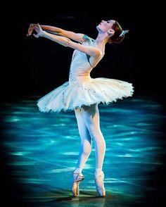 "Iana Salenko Яна Саленко, ""The Sleeping Beauty Dornröschen"" choreography by Nacho Duato, Staatsballett Berlin Berlin State Ballet (2015)"
