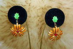 Excited to share the latest addition to my #etsy shop: Vintage Designer High End Tangerine Enamel Green Flower Textured Dangle Earring E12 http://etsy.me/2E9NVFe #jewelry #earrings #designer #highend #hautecouture #mogul #vintageearrings #tangerineearrings #enamelearri