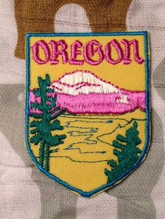 Oregon Vintage Travel Patch by Voyager by HeydayRetroMart on Etsy, $7.00