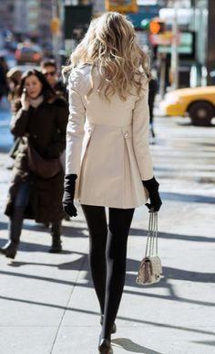 Stilettos in the rain Winter Essentials, Chic, Lingerie, Street Style, Fashion Outfits, Wedding Dresses, Clothes, Stilettos, Girls