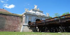 Alba Carolina Fortress -a time travel to baroque : http://www.discoveringtransylvania.ro/fortresses/alba-carolina-fortress-a-time-travel-to-baroque/ #albacarolina #albacarolinafortress #fortress