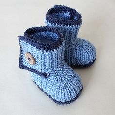 NEW Knitted Winter Baby Boots  (size 0-6 months) on Etsy, $19.50