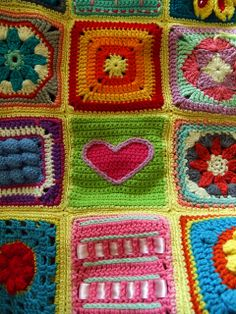 Book Blanket by Wool n Hook, via Flickr