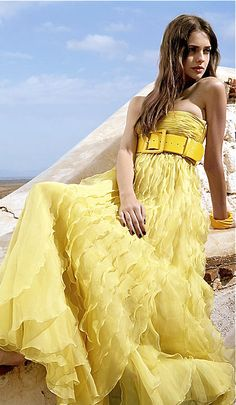 Valentino yellow gown with belt