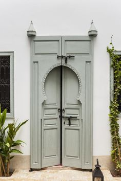 this amazing colored door | DOOR