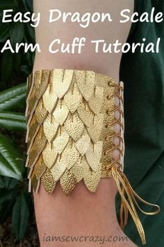 How to Make a Dragon Scale Arm Cuff (with free printable PDF pattern!) – I Am Sew Crazy Sewing Patterns Free, Free Sewing, Sewing Tutorials, Free Pattern, Sewing Projects, Dragon Costume Women, Diy Dragon Costume, Cosplay Tutorial, Cosplay Diy