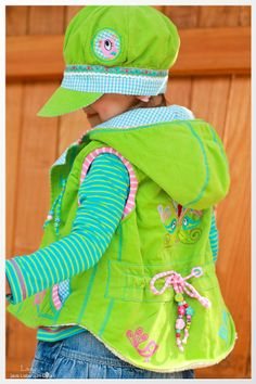 Vest Viktoria by farbenmix.de Sewn by Laujosa Childrens Coats, Kids Coats, Toddler Fashion, Kids Fashion, Toddler Vest, Girls Winter Fashion, Bohemian Girls, Make Your Own Clothes, Children's Boutique