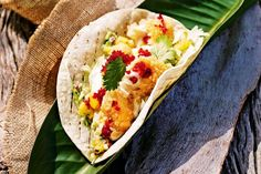 Crispy fish tacos with mango salsa recipe: Mango salsa adds refreshing sweetness to these spicy summer tacos. Best Fish Recipes, Quick Recipes, Seafood Recipes, Mexican Food Recipes, Cooking Recipes, Ethnic Recipes, Favorite Recipes, Mexican Dishes, Yummy Recipes