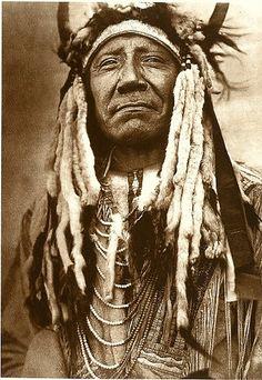 Two Moons, Northern Cheyenne war chief (1910) - Edward Curtis ~ pride