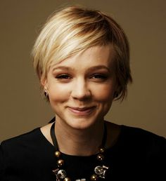 carey mulligan. love her hair.