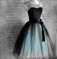 Jupon en tulle : Party dress Black and pink tutu skirt for women. Retro look Cheap Short Prom Dresses, Prom Party Dresses, Homecoming Dresses, Bridesmaid Dresses, Dress Party, Prom Gowns, Long Dresses, Dress Long, Bridesmaids
