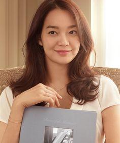 Shin Min Ah / STONEHENGE