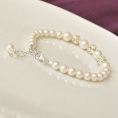 Simple Pearl and Rhinestone Bracelet