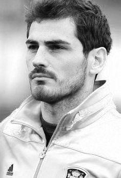 Iker Casillas // ♥м                                                       …