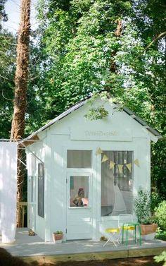 playhouse fun #buildachildrensplayhouse
