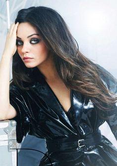Mila Kunis Vogue Brazil.