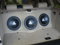 BMW X5 2005 custom subwoofer enclosure for three JL Audio 12w3