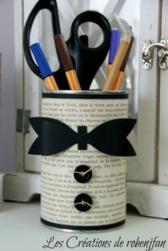 pot a crayon pour papa Kids Crafts, Tin Can Crafts, Diy And Crafts, Craft Projects, Arts And Crafts, Yarn Crafts, Pot A Crayon, Father's Day Diy, Fathers Day Crafts