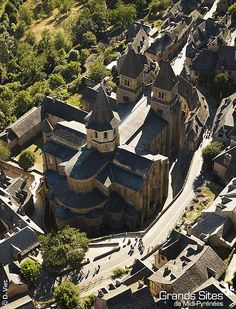 Abbaye Sainte-Foy in  Conques, Aveyron, France - Romanesque architecture