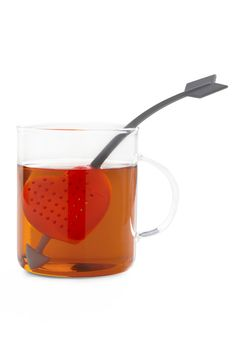 Here's a lovely-looking tea infuser that comes with the design of cupid's arrow to the heart. The tea infuser lets you put loose tea leaves into it and . Cute Kitchen, Vintage Kitchen, Kitchen Stuff, Kitchen Ware, Kitchen Gadgets, Kitchen Dining, Retro Vintage, Tea Infuser, Cupid