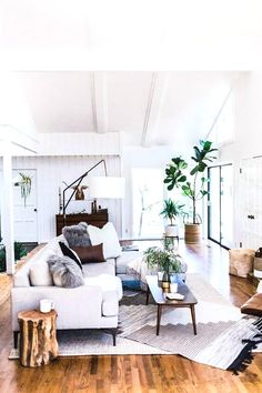 Many individuals would adore to decorate their homes to their favored specs, although not everybody has that luxury. If you're lucky enough to do this, then you want to be able to get it done the proper way. Carry on reading