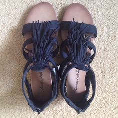 NWT Payless Shoe Source Fringe Sandals Size : 6.5 Regular, Runs little bug, so I think they are equal to size 7, These are American Eagle sandals by Payless Shoe Source, Not from A&E Outfitters. Offers welcome, Bundles get great discount. NO TRADES. Smoke and pet free house Payless Shoe Source Shoes Sandals