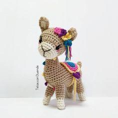 Amigurumi Llama Free Pattern – Amigurumi Free Patterns And Tutorials Diy Crochet Toys, Crochet Deer, Crochet Dolls, Crochet Baby, Crochet Projects, Free Crochet, Crochet Animal Patterns, Stuffed Animal Patterns, Amigurumi Patterns