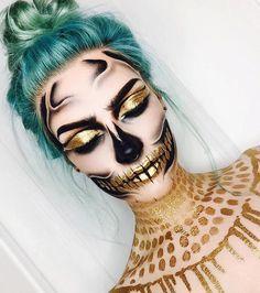 Golden skull halloween makeup