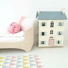 Isnt it sweet ?! Find this 3 storey doll house from Josh & Jenna - Kids Concept Store webstore Cathrine Henden I - - - #kidsinteriors_com #kidsinteriors #kidsinterior #kidsroom #childrensroom #barnrum #kinderkamer #kinderzimmer #girlsroom #girlsbedroom #girlsdecor #dollhouse #kidstoy #chambreenfant #chambrefille #kidsdesign #kidsdecor #decorforkids #childrensdecor #barnrum