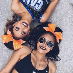 Pin by deja on cheer is a sport Cute Cheer Pictures, Cheer Picture Poses, Cheer Poses, Pic Pose, Bff Pictures, Picture Ideas, Photo Ideas, Cheerleading Photos, Cheerleading Cheers