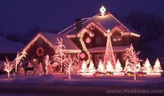 The Amazing Grace Christmas House Will Lift Up Your Heart. WOW!  | http://gracevine.christiantoday.com/video/the-amazing-grace-christmas-house-will-lift-up-your-heart-wow-3280