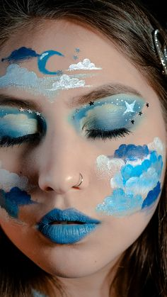 makeup paso a paso Aesthetic Makeup Tutorial - Clouds - TheMuaccount by Oriana Gimenez Edgy Makeup, Crazy Makeup, Makeup Inspo, Makeup Inspiration, Makeup Artist Logo, Creative Makeup Looks, Make Up Art, Halloween Makeup Looks, Maquillage Halloween