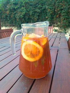 Ice Tea caseiro de pêssego, laranja e limão