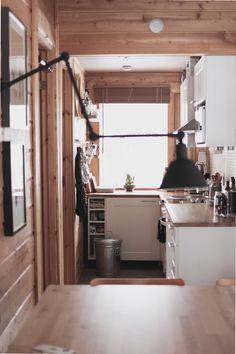 Vinkkejä pienen keittiön säilytysratkaisuihin / Dash of design http://www.stoori.fi/dash-of-design/vinkkeja-pienen-keittion-sailytysratkaisuihin/