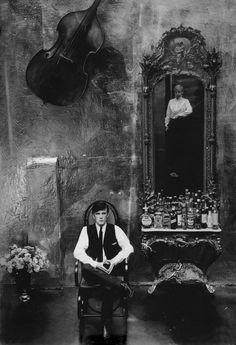 Astrid Kirchherr - Self-Portrait with Stuart Sutcliffe, Hamburg, 1960 Stuart Sutcliffe, The Beatles 1, Birthday In Heaven, University Of Liverpool, Artsy Photos, Hits Movie, Idole, Keith Richards, Richards Guitars