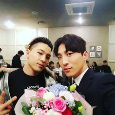 ドン・ヒョンベ、BIGBANGのSOLとの兄弟ショットを公開「応援に来てくれてありがとう」 - ENTERTAINMENT - 韓流・韓国芸能ニュースはKstyle
