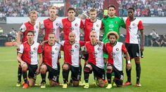 'Rotterdam is verliefd en houdt van Feyenoord' Rotterdam, Club, Manchester United, The Past, Soccer, Hair Beauty, Graphic Sweatshirt, Sweatshirts, Sports