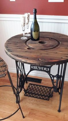 Tischkreissäge mit Tretantrieb – upcycling möbel – Wooden Table saw with pedal drive – upcycling furniture – # Table saw Refurbished Furniture, Repurposed Furniture, Rustic Furniture, Furniture Makeover, Painted Furniture, Diy Furniture, Vintage Furniture, Furniture Movers, Outdoor Furniture